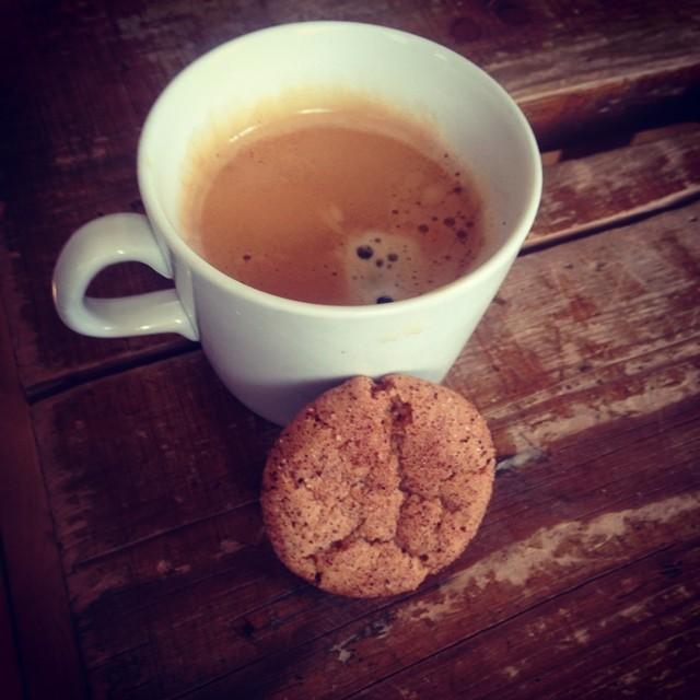 Laddar med kaffe och kaka för i morgon kl:6 går starten för KEB t/r!