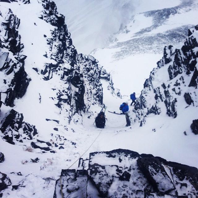 Gissa ränna? En ledtråd, den ligger kring KEB!#kebnekaise #skartaklacken #steepski #bergsresor #elevenate