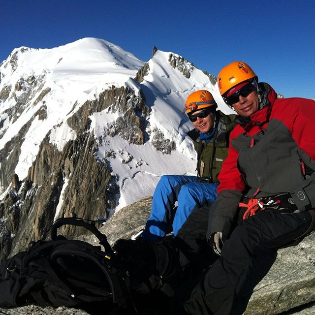Ingen Mont Blanc bestigning idag men Tacul med grymutsikt duger också!#montblanc #tacul #klättring #chamonix #bergsresor #elevenate #dynastar