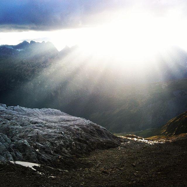 Fin kväll uppe i bergen och äntligen lite svalare!#albertpremier #letour #chamonix #bergsresor #montblancspecialisten