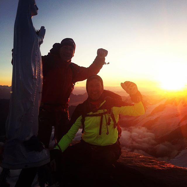 God morgon, Gran Paradiso i soluppgången!#granparadiso #chamonix #bergsresor #elevenate #dynastar