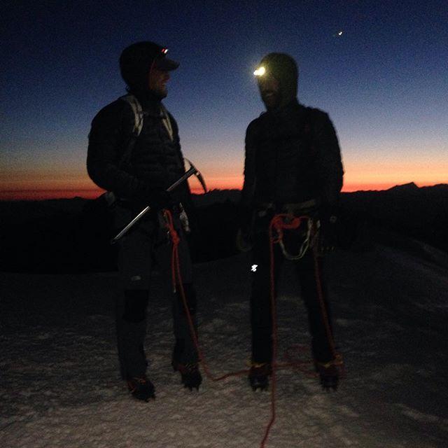 God morgon!! #bergsresor #elevenate #cosmiuqes #dynastar #montblanc