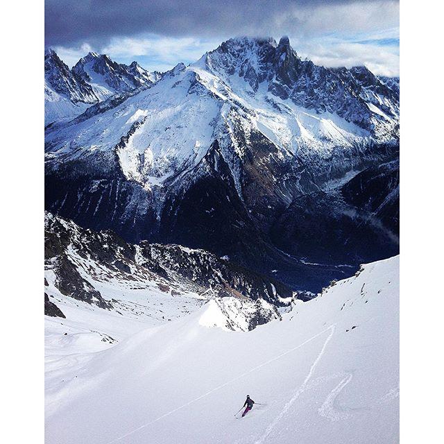 Fortsatt fin åkning kring Chamonix!#chamonix #flegere #bergsresor #elevenate #dynastar