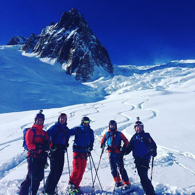 Vallee Blanche blev en perfekt avslutning på veckan!#chamonix #valleeblanche #elevenate #dynastar #bergsresor