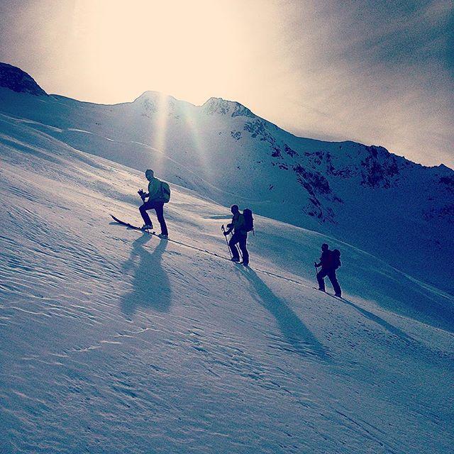 Fortsatt bra skitour på baksidan av Brevent!#skitour #brevent #chamonix #elevenate #dynastar #bergsresor
