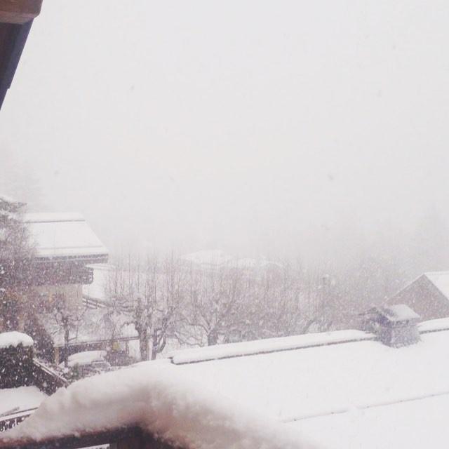 Bra fart på snöandet idag och Grands Montets är stängt så nu laddar vi för imorgon!#chamonix #bergsresor #elevenate #dynastar