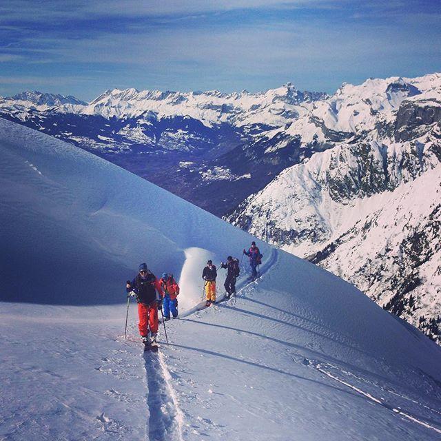 Brevent är helt fantastiskt för skitour!#brevent #chamonix #elevenate #dynastar