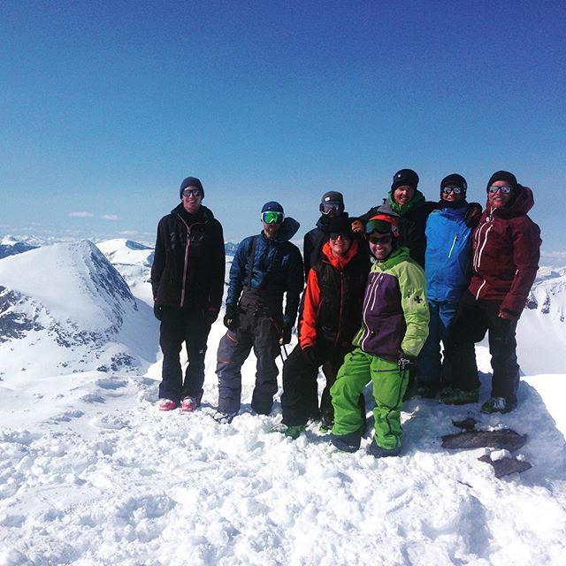 Grymma dagar i norr!#lossihytta #narvik #bergsresor #dynastar #elevenate