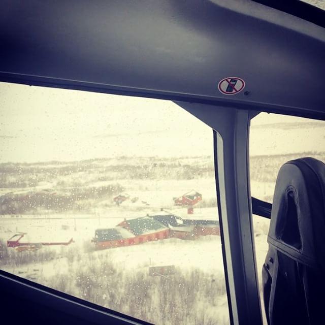 När inte SJ tar sig fram så löser Kallaxflyg transporten till Kiruna, tack arcticguides och Göran Tamert.#arcticguides #kallaxflyg #bergsresor