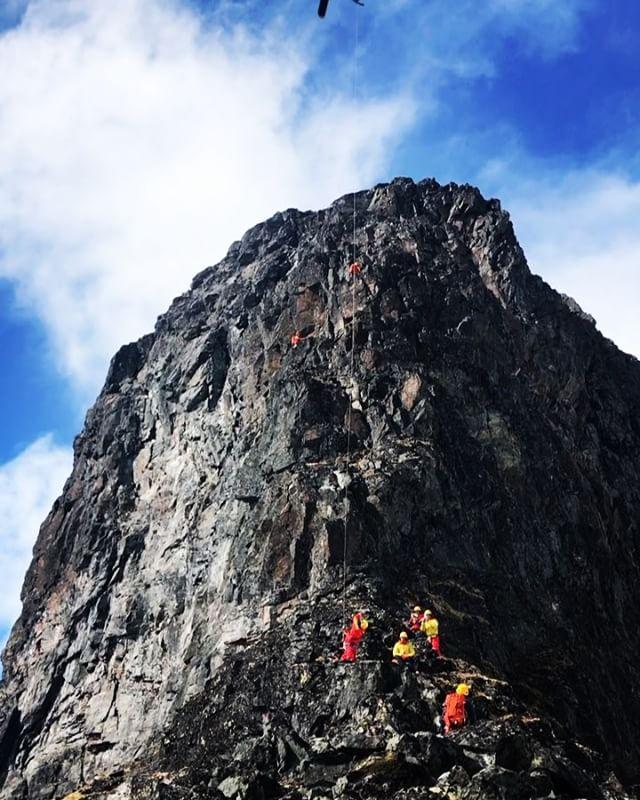 Tre bra dagar med alpinagruppen, med övning, diskutioner och fin klättring!#fjällräddningen #polisen #alpinklättring #klättring