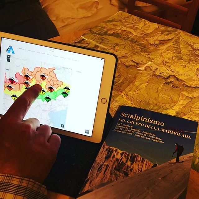 Igår var det puder i Frankrike idag blev det tyvärr 50 mil i bil och nya planer i Italien!#marmolada #dolomites #bergsresor #elevenate #dynafitsweden #ipad