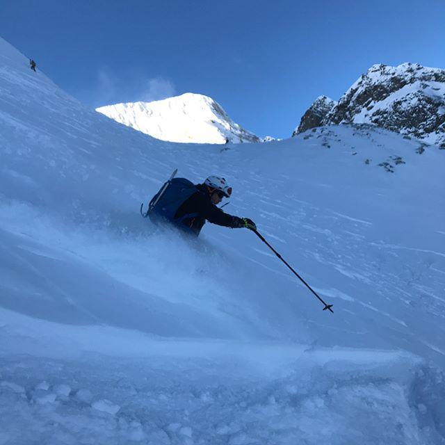 En Haute Route som sammanfattas med bra snö, fina vyer och massa sol!#hauteroute #chamonix #zermatt #bergsresor #elevenate #dynafit #genuineguidegear